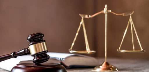 Hành lang pháp lý ảnh hưởng đến sự thúc đẩy cho phát triển eKYC vào các ngân hàng và tổ chức tài chính.